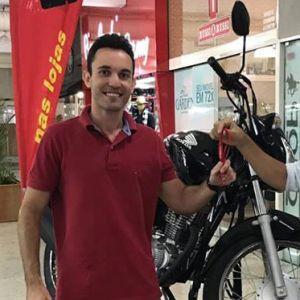 Vinícius ganhou uma Moto CG Start 160!